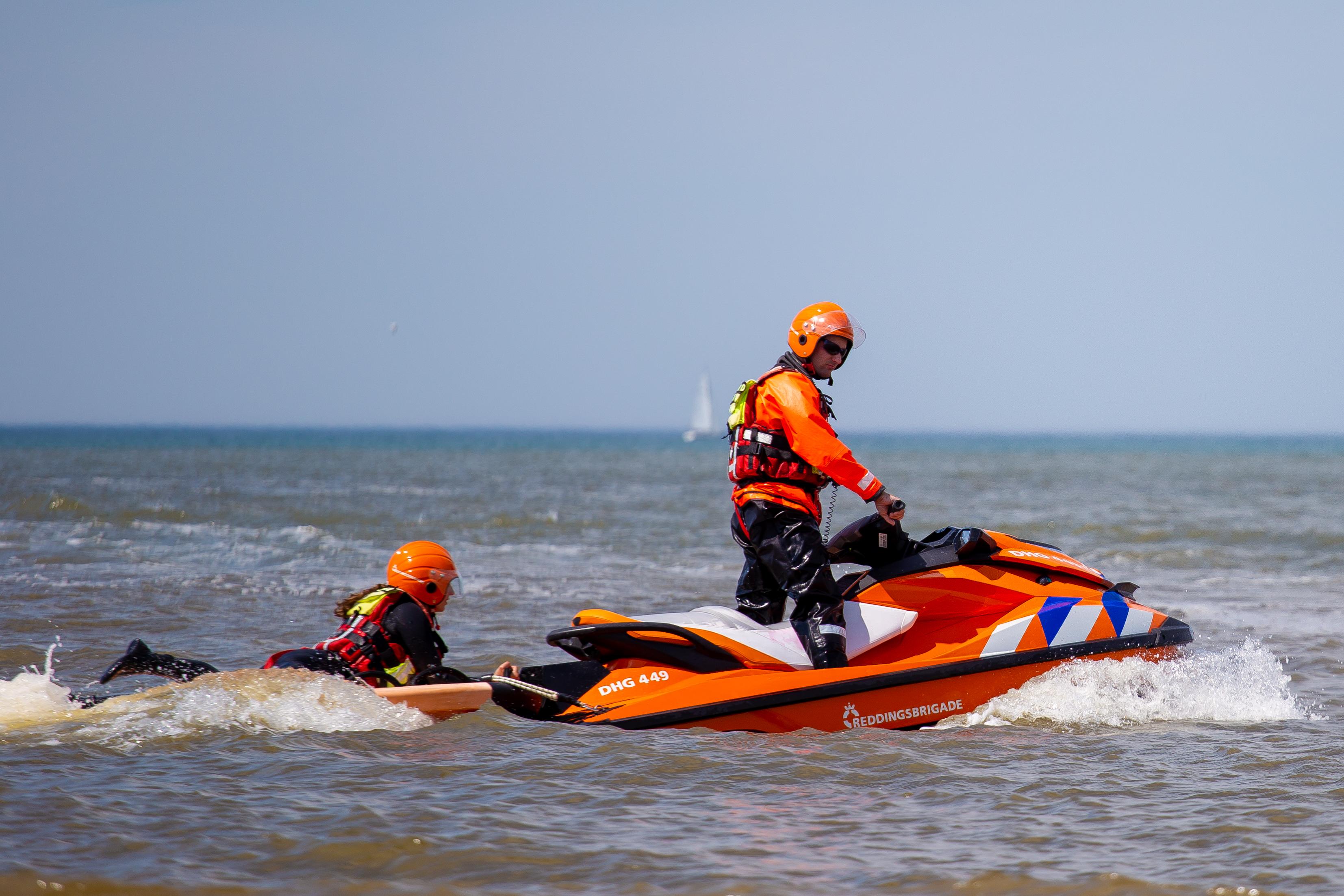 Lifeguards voor de kust